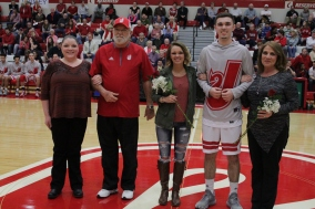 Senior Mike Minton and his family.